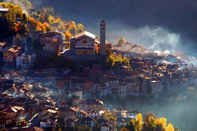 Bagolino - Italia   Bagolino is located in Valsabbia, Northern Italy Photo by: Claudio Bontempi