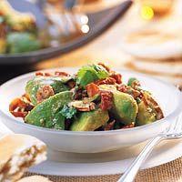 Recept - Avocadosalade met pecannoten - Allerhande