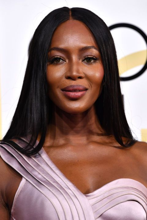 The Best Beauty Looks from the 2017 Golden Globes  Naomi Campbell looked amazing! The supermodel sported her signature sleekextra-longhair with spidery lashes, lilac lids, light berry lips, and strobed skin.