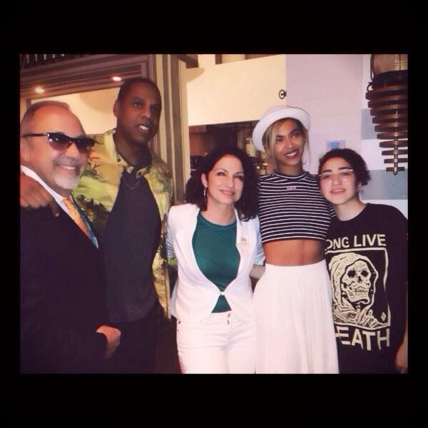 Beyonce, Jay Z, Ryan Phillippe and Gloria Estefan dining in Seasalt & Pepper Restaurant‏. Image: Courtesy of Tara INK.