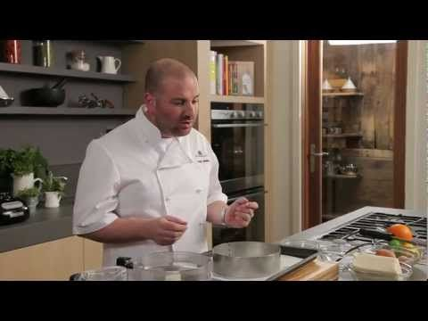 George Calombaris prepares cheesecake - YouTube