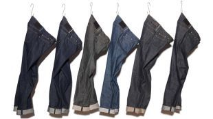 Your favorite article of clothing is wearing thin, and now you need to know how to mend rip in crotch of jeans. Remember that nothing is indestructible, but you can probably salvage your jeans by mending a few rips, whether they're in the crotch, on the knee or in the seat. What you'll need to …