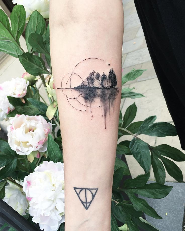 Poetic Circular Tattoos Paying Tribute to Nature