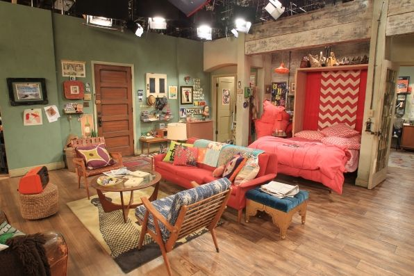 two broke girls apartment - Google Search