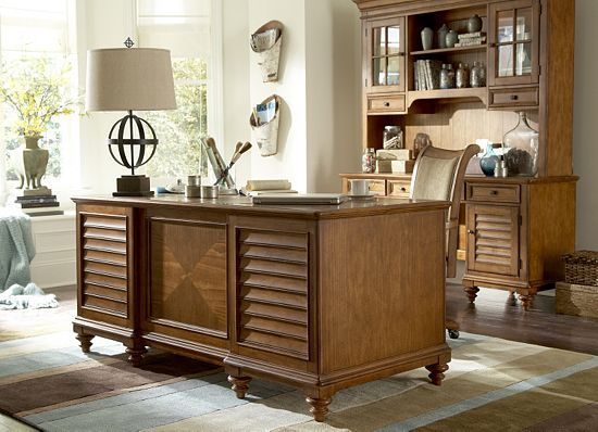 Havertys Southport Desk Would Look Right At Home In Any