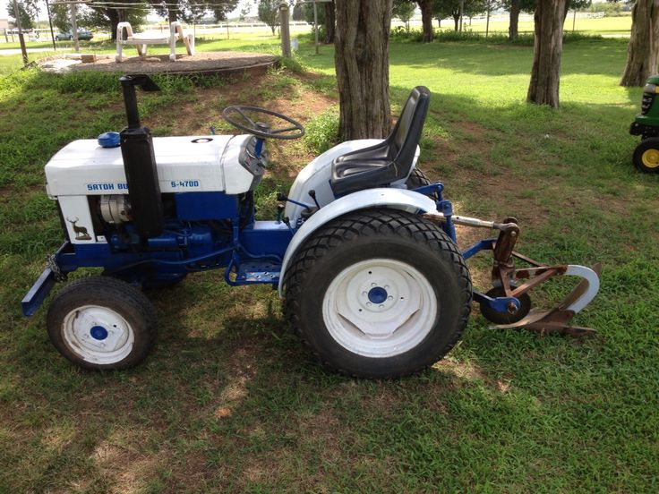 Satoh Buck S470d 4x4 Tractor With A Single Bottom Plow