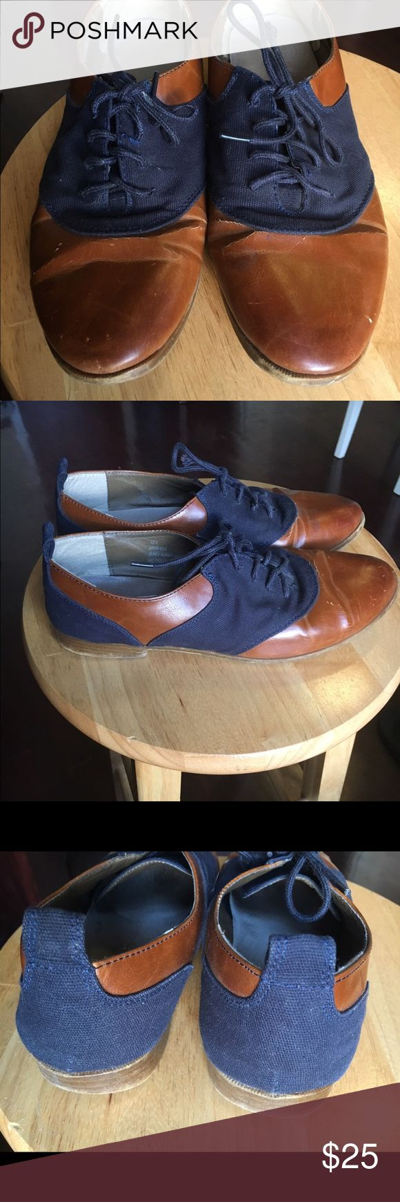 Price drop! Two toned Oxford shoes Two tone Oxford shoes. Gently worn heels, some scuffs on the external leather. Restricted Shoes Flats & Loafers
