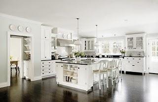 Now that's a kitchen.Kitchens Design, Dreams Kitchens, Kitchens Ideas, Dark Wood, Kitchens Cabinets, White Cabinets, Kitchen Designs, Dream Kitchens, White Kitchens