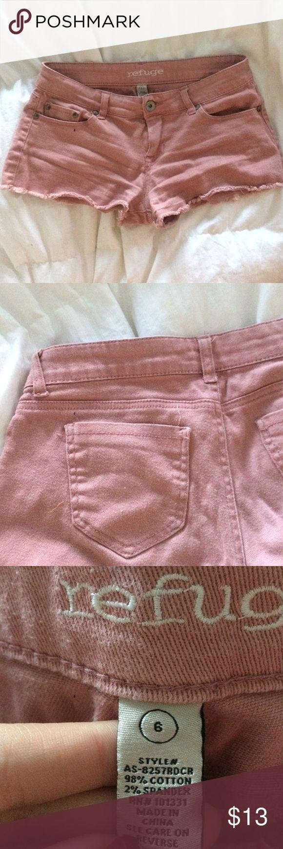 LIGHTWASH MAROON SHORTS classic traditional jean shorts, light pink marron color!! so cute refuge Shorts Jean Shorts