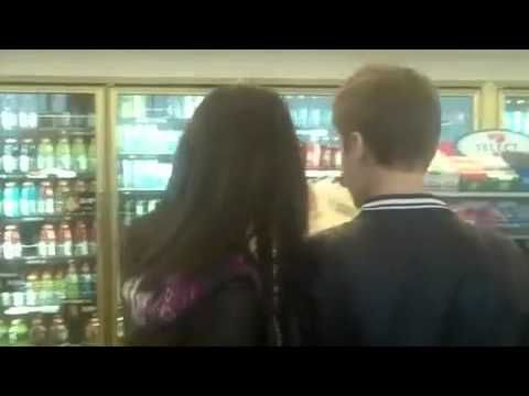 Justin Bieber and Selena Gomez On His Birthday going to an 7-Eleven Stor...