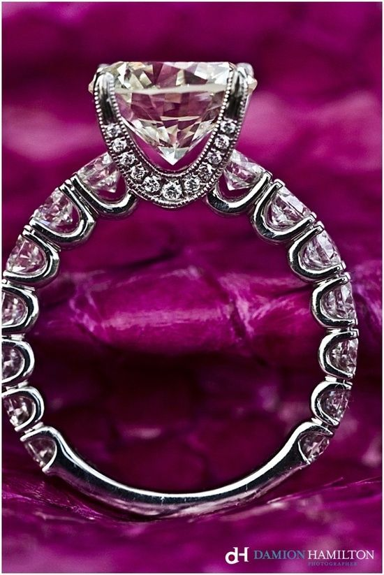 Wow! I think it's so interesting how ring styles change over the years. This is beautiful!