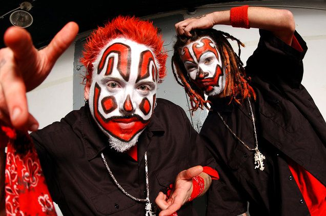 Billboard.com Interviews Violent J  Speaks on Karma Forest The Juggalo March 2018 and more   Very recently Billboard.com posted up an article where they get the chance to speak with the Insane Clown Posses very own Violent J. Although the article is not long J speaks on a number of topics including Shaggy 2 Dopes soon-to-be-released solo album F.T.F.O.M.F. Violent Js solo album Karma Forest the significance of the number 17 & Thy Unveiling the year of the Juggalo and the upcoming Juggalo…
