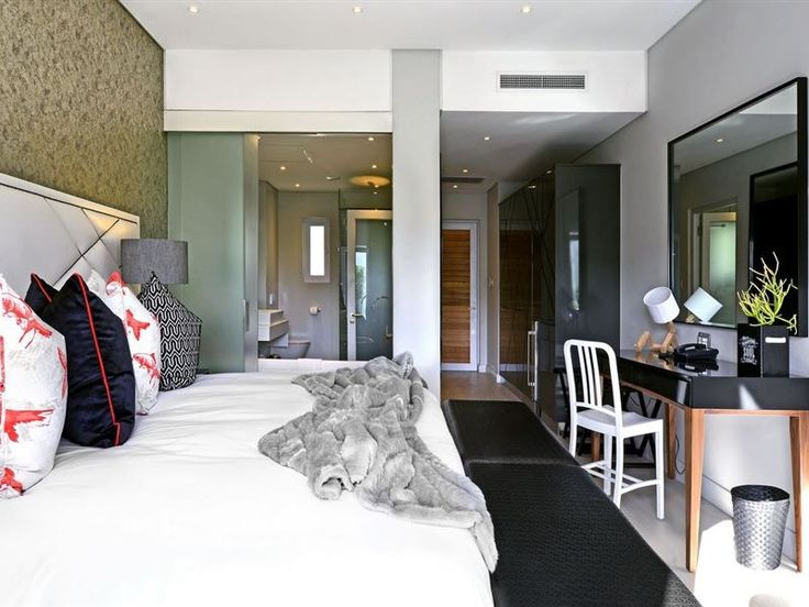 Franschhoek Boutique Hotel - Franschhoek Boutique Hotel is situated in the wine valley of the Cape in Franschhoek and makes for Great guest wedding accommodation too.The boutique hotel comprises of six en-suite luxury rooms with either ... #weekendgetaways #franschhoek #southafrica