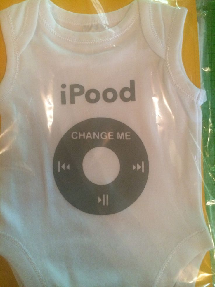"""""""I-Pood"""" Designed on my Silhouette Cameo and using Grey Heat Transfer vinyl."""
