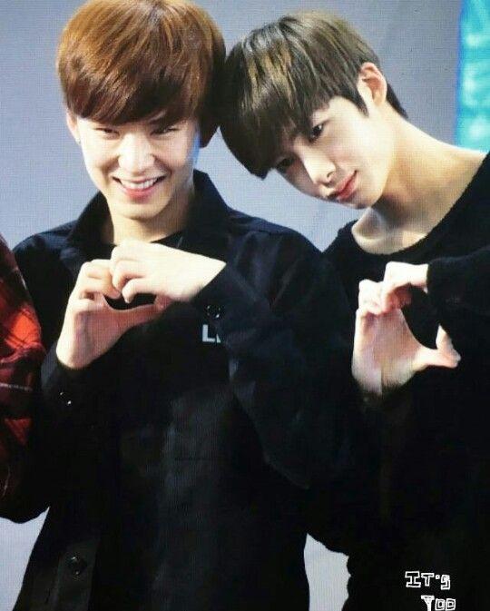 Kihyun and Hyungwon momentos