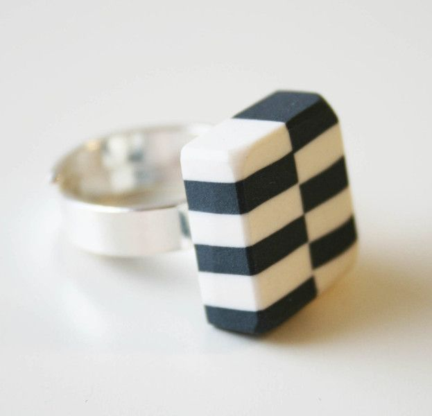 Porcelain ring, black and white from Marie Olofsson Productdesign by DaWanda.com