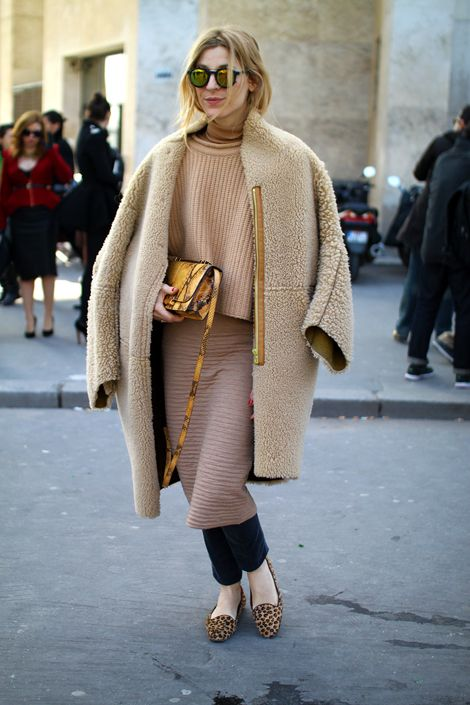 Neutral Coats in gray or beige for celebrity style, like Naomi Watts in Carven or the chic Paris streetstyle ladies are the perfext palette cleanser for your transition wardrobe. http://www.focusonstyle.com/fashion/palette-cleanser-neutral-coats-by-way-of-naomi-watts-carven-paris-street-style-ladies-for-a-fresh-start/ #neutralcoats #streetstyle