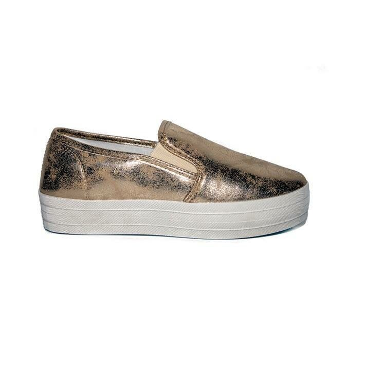 #sneakers #gold #ss16