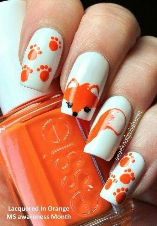 So cute ^-^! de eerste en laatste nagel met de pootjes ga ik doen! xxx