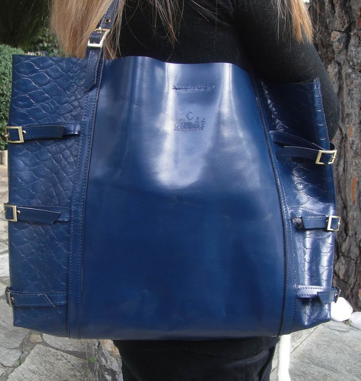 blue High quality leather tote bag