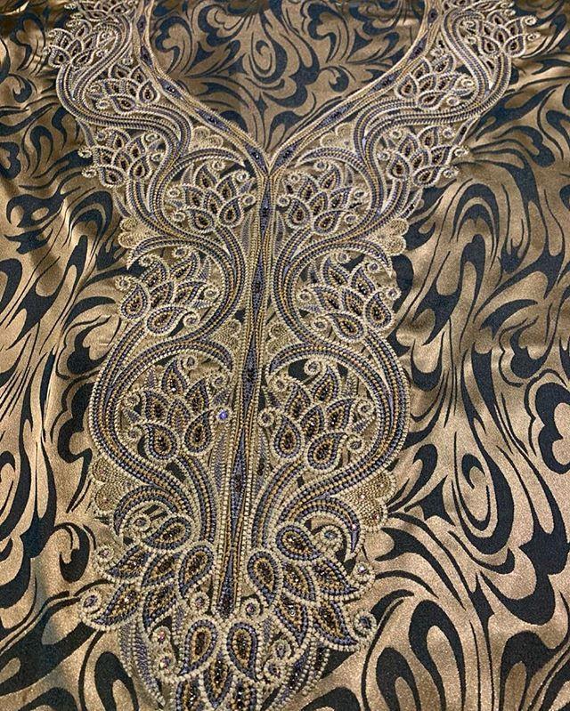 ضيفوها قبل الحذف مخاوير متنوعة و مخيوطة بدقة وفصوص أصلية Ma5awar6 Ma5awar6 Home Decor Decor Rugs