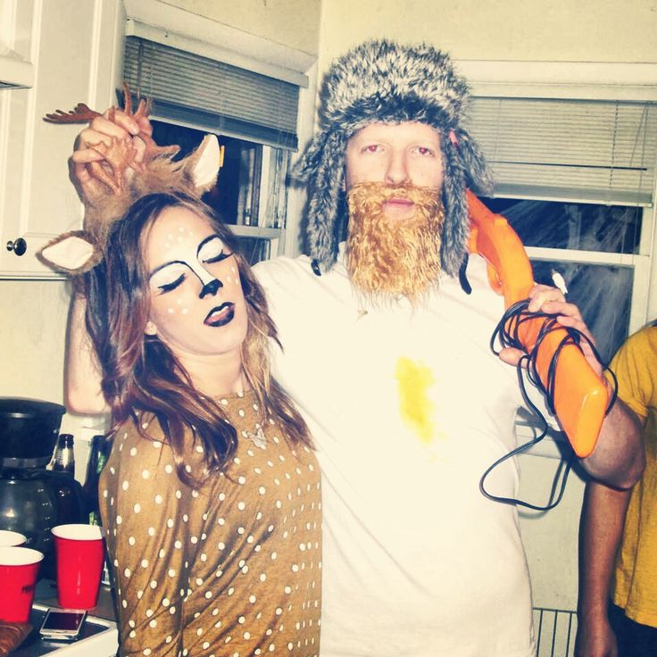 Costume idea! A hunter and a deer Easy and hilarious! #halloween - ridiculous halloween costume ideas
