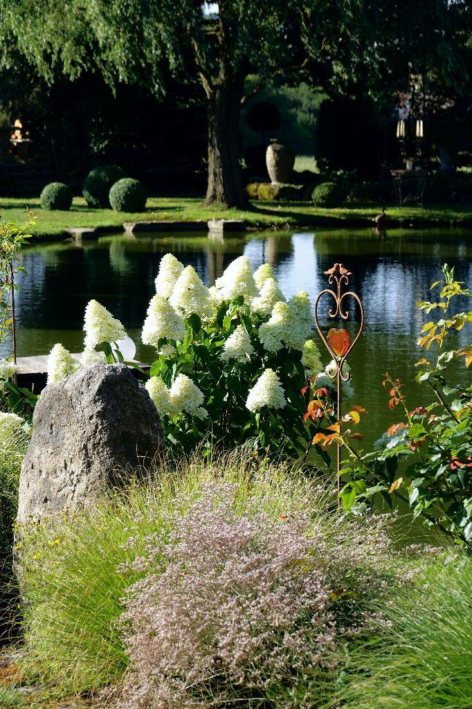 Gartenreportage Garten Der Superlative Mit Weiher Und Rosen Garten Garten Pflanzen Garten Ideen
