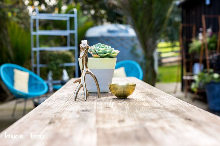 table settings for outdoor living