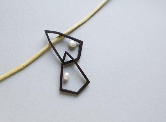Etsy の ピアス イヤリング 幾何学的な宝石 幾何学的なスタッド 現代ジュエリー by TanukDolotova