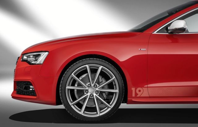 AUDI A5 COUPE DTM Champion Edition