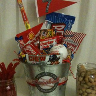 Baseball theme centerpiece for wedding, party, banquet! Great gift for the baseball fans in my life!