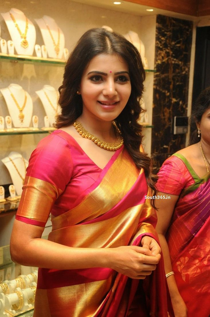 Samantha Ruth Prabhu in Saree At JC Brothers Shopping Mall Launch (2)