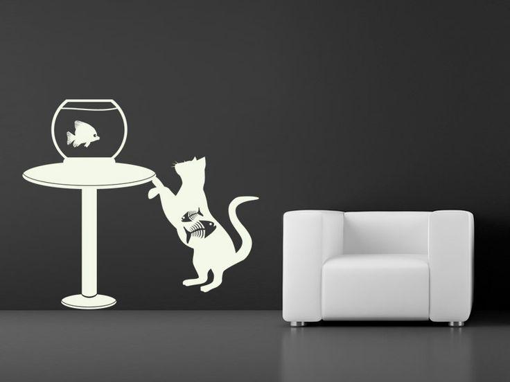 Rybka a kočka - samolepka na stěnu Pohled na kočku číhající na rybku rozesměje každého, kdo Vás navštíví. Co myslíte, podaří se kočce svou kořist ulovit? Pokud máte alespoň trochu smysl pro humor, neváhejte si pořídit tuto bytovou dekoraci. Nápaditá samolepka oživí kdejaký nezajímavý kout místnosti. Barva:Záleží jen na Vás, jakou barvu si vyberete. Viz ...