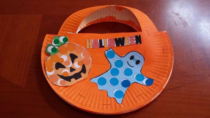 Halloween 2015: Petit panier à bonbons, assistante maternelle