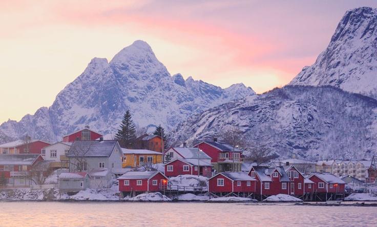 norway 39 s lofoten islands in winter photo inspiration for. Black Bedroom Furniture Sets. Home Design Ideas