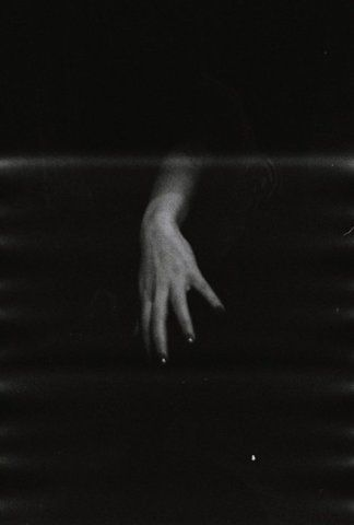 : Creepy Hands, Yimmi Yayo, Creepy Skin Crawl, Art Dark, Finger, Black, Dips, The Dark, Heart Hunting