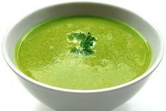 Výborná krémová špenátová polévka. Vyzkoušejte tento recept na špenátovou polévku. Pokud máte rádi špenát, určitě si pochutnáte.
