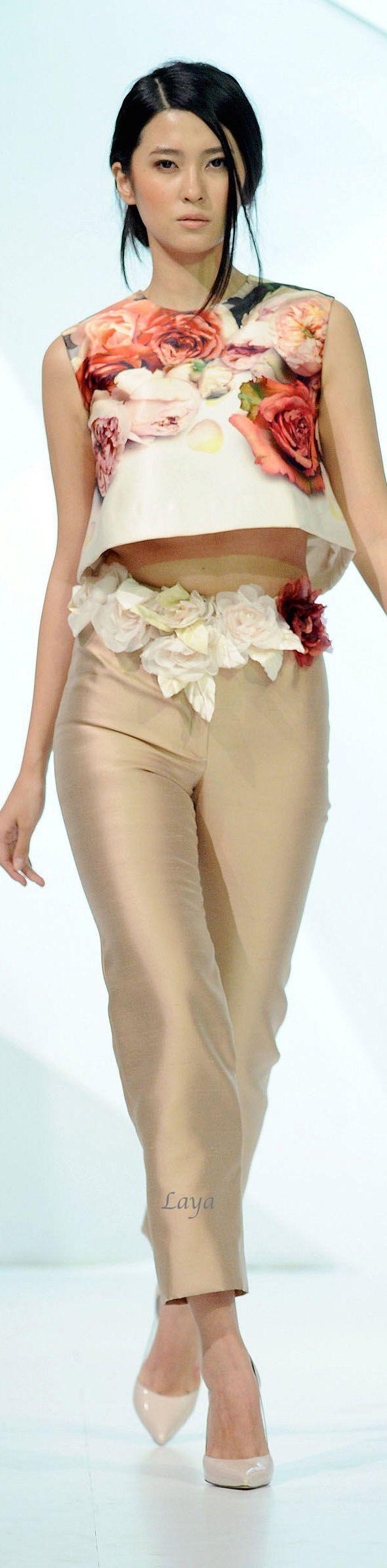 Jean Louis Sabaji Spring-Summer 2014 Couture
