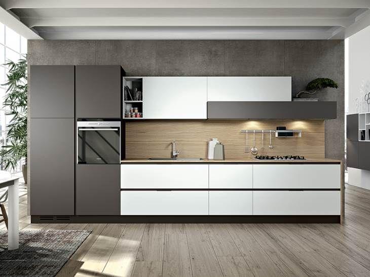 Cucina lineare Linea Plana moderna laccata di Arredo3