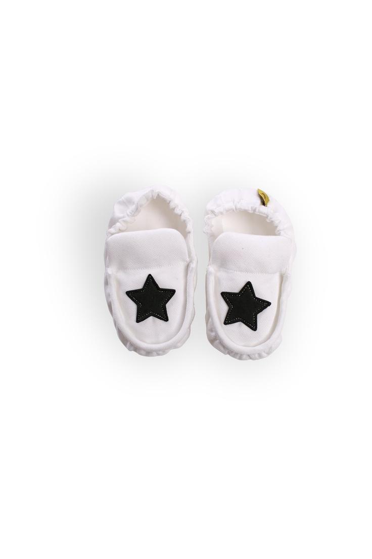 """Black Star Chua"""
