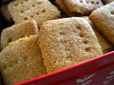 Dimineti insorite: Biscuiti graham