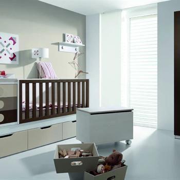 Los cajones en la cama ayudan para almacenar los juguetes de tu #bebe