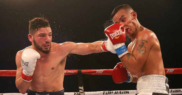 Prospect Julian Rodriguez signs with James Prince, staying with Top Rank #allthebelts #boxing