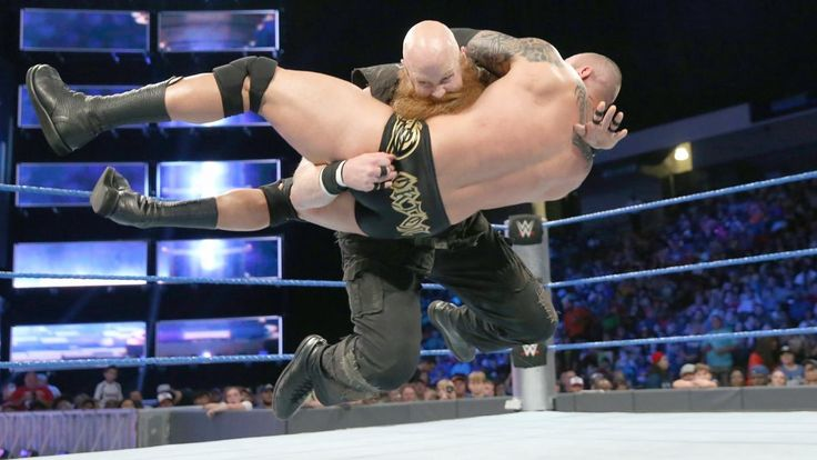 Randy Orton vs. Erick Rowan: Fotos