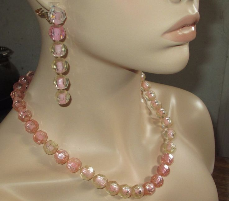 102 Best Vintage Plastic Pop Beads Images su Pinterest-5608