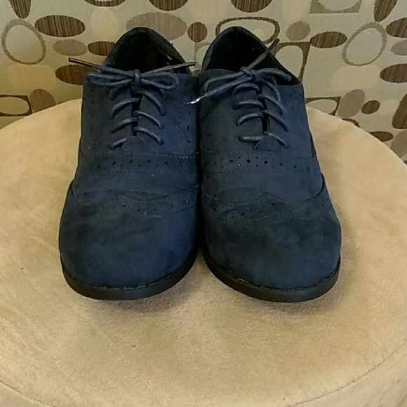 Shop Women's Primark Blue size 8 Flats & Loafers at a discounted price at Poshmark. Description: These Oxfords were worn once. They have a soft suede feel. The sole is 1 inch. True navy color.. Sold by irmafaket. Fast delivery, full service customer support.