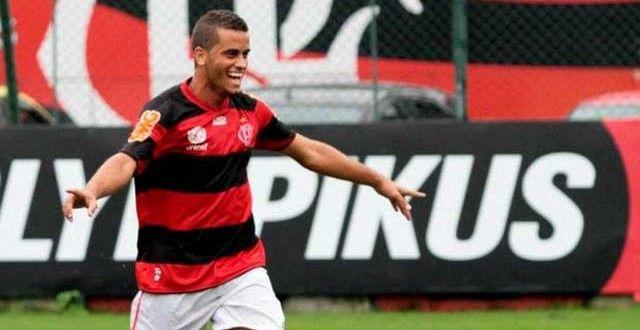 O meia Rodolfo, ex-Flamengo, é o novo reforço do Jacobina Esporte Clube