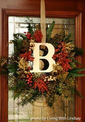 Door Wreath for Fall- mix it up with red and green for Christmas