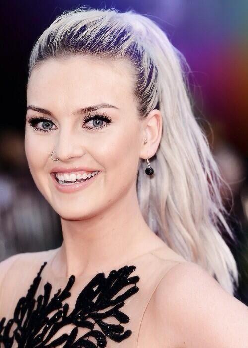 Perrie ~ she is so beautiful!! @Kris Jarchowán Örn Kjartansson Gruber Edwards