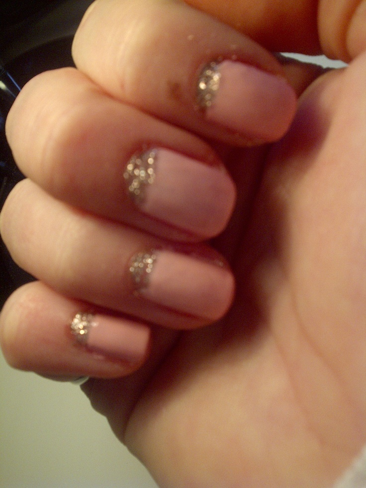 Glitter reverse French manicure